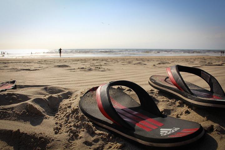 bath-slippers-816232_1280