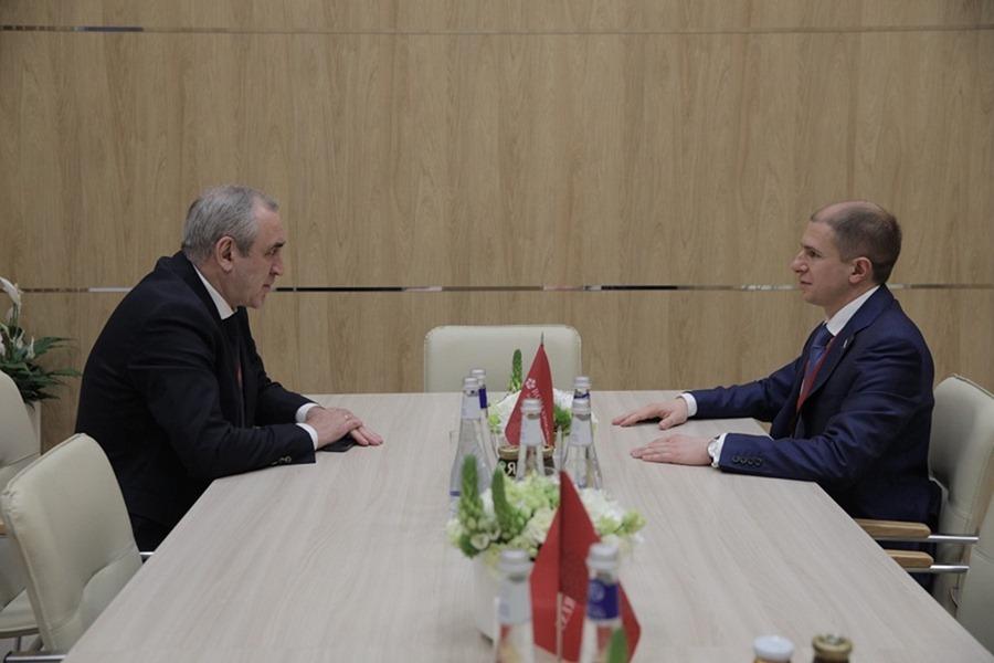 Сергей Неверов и Михаил Романов